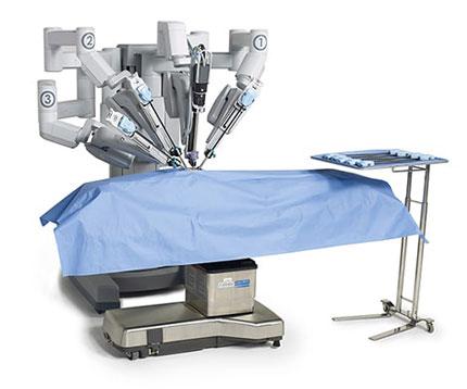 Robotul Da Vinci chirurgia robotica