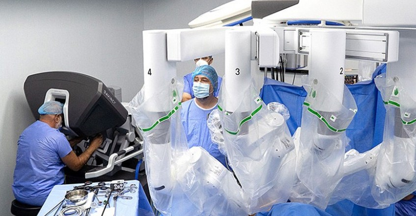 Chirurgia robotică abdominală