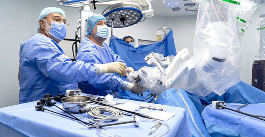 Tehnologie de vârf pentru chirurgia robotică, la Sanador